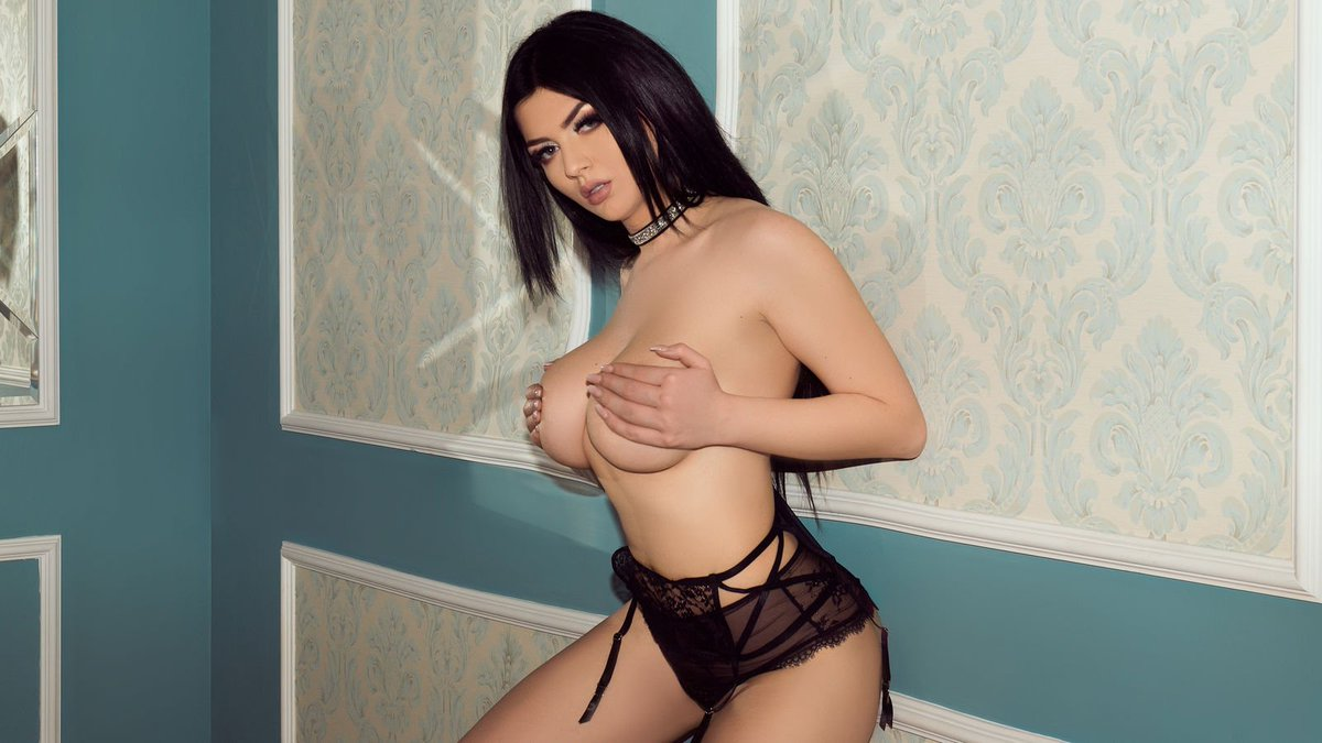 High profile escorts in Hyderabad - High Profile Call Girls in Hyderabad - Feeltheheaven.com