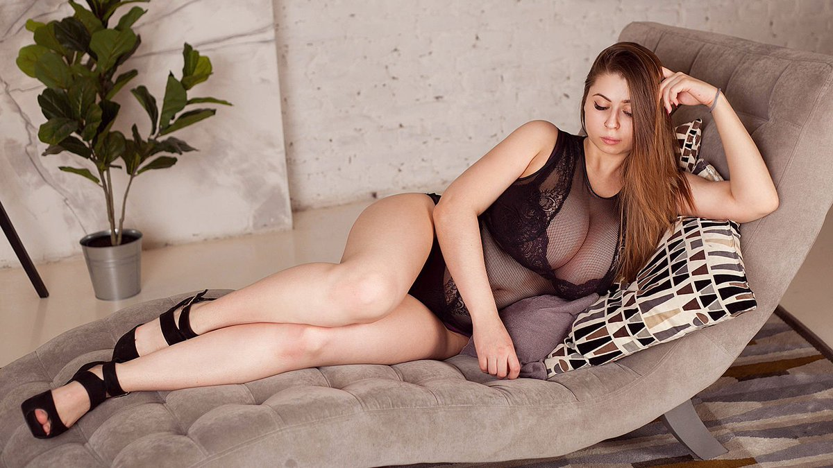 Independent Escorts Hyderabad Helps You To Stay Away From Stress - Feeltheheaven.com