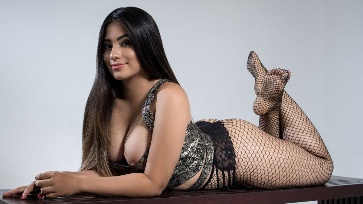 VIP female models and celebrities in Hyderabad - Hyderabad Escorts Services - Feeltheheaven.com