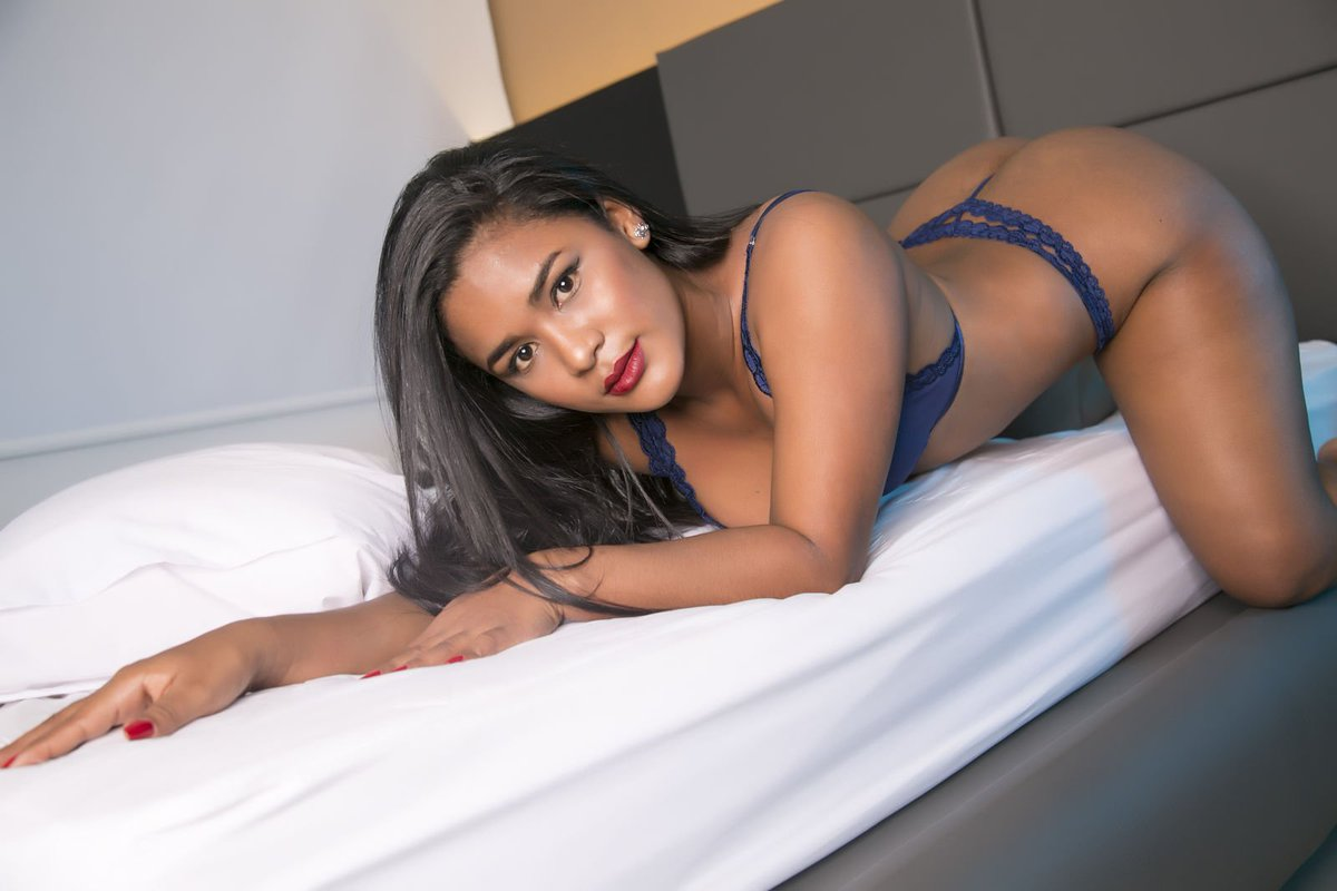 Cheap Female Escorts in Hyderabad For Every Man And At Every Hotel - Feeltheheaven.com