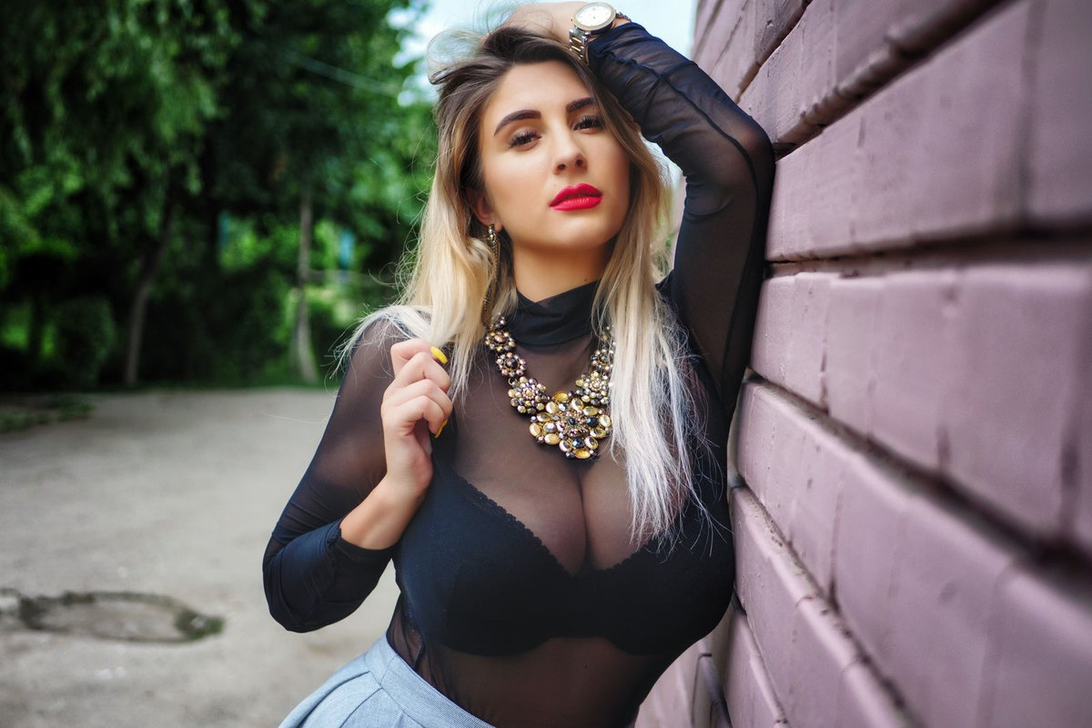 Experienced escort agency in Hyderabad - Search right female escort partner in Hyderabad - Feeltheheaven.com