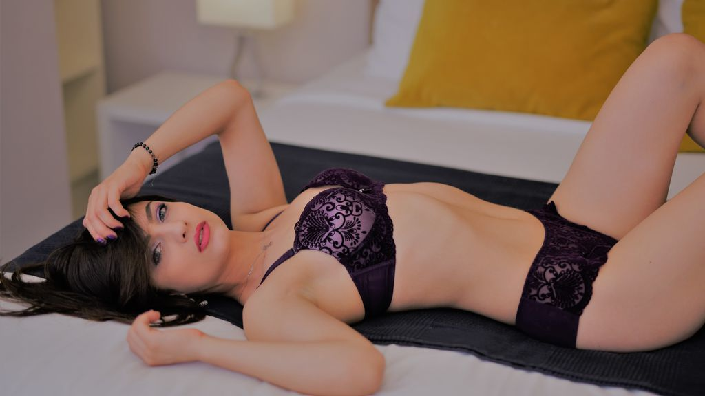 Accomplish Your Love Desires With Hyderabad Female Escorts! - Hyderabad Female Escorts - Feeltheheaven.com