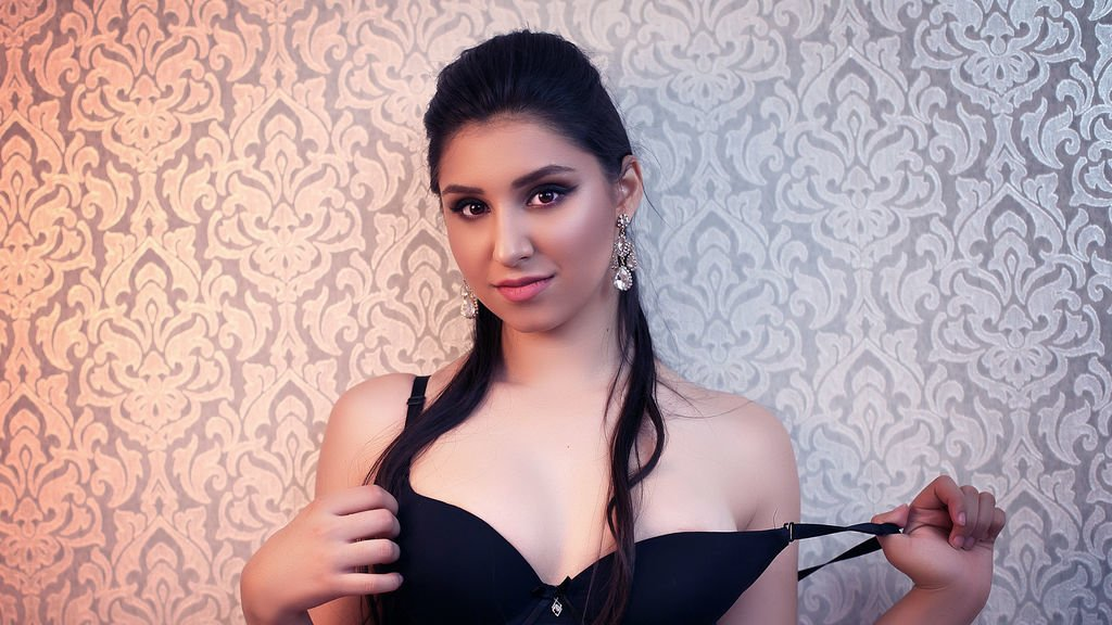 Enjoy Cost-Effective Services of Hiring High Class Female Escorts in Hyderabad - Feeltheheaven.com