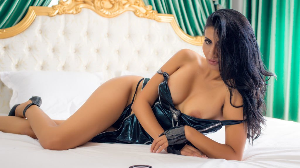 Get your Hands on With The Most Beautiful Russian Escorts in Hyderabad - Feeltheheaven.com