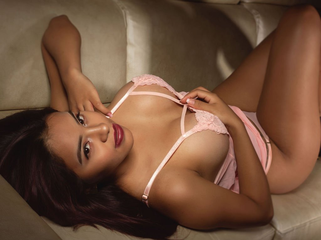 Hyderabad Escorts - Sex with our sizzling female escorts in Hyderabad - Escorts in Hyderabad - Feeltheheaven.com