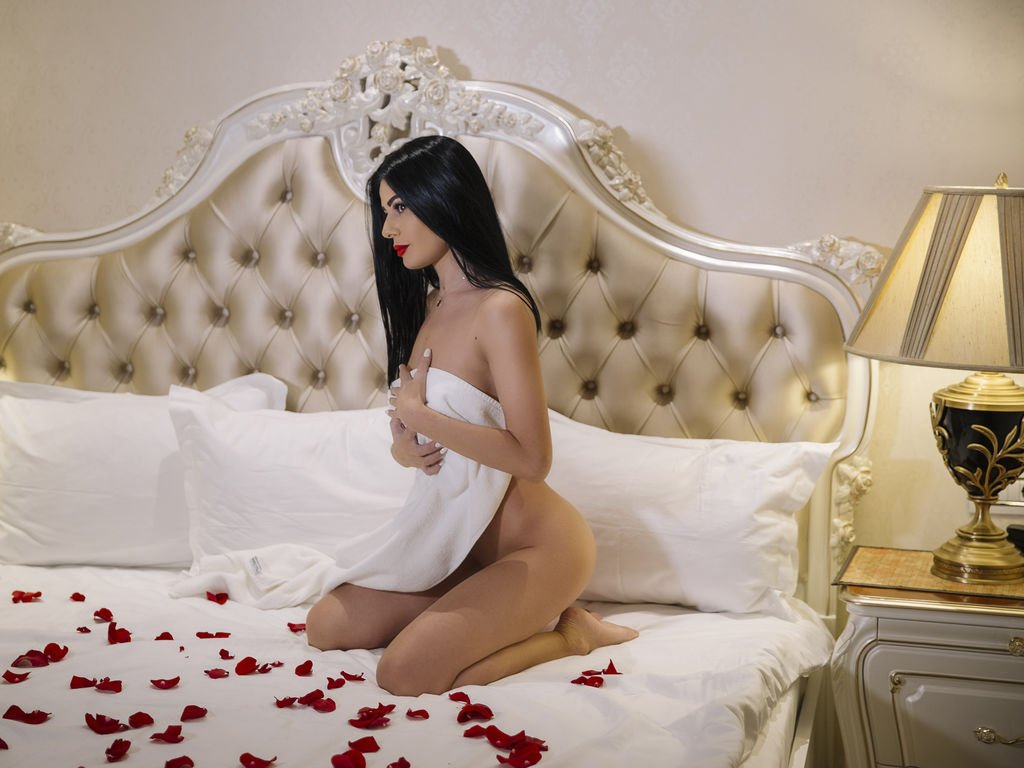 Independent Escorts in Hyderabad - VIP Escorts in Hyderabad - Feeltheheaven.com