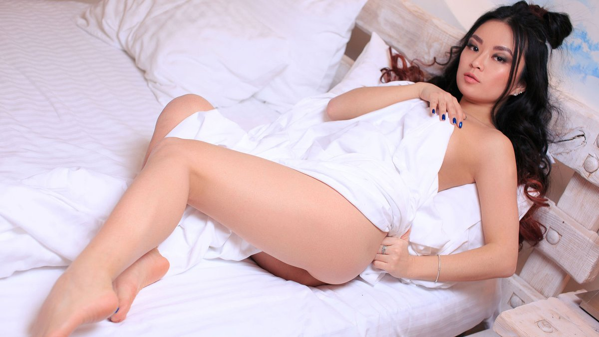 Escorts in Hyderabad - Independent Female Escorts in Hyderabad - Alluring Women Escorts in Hyderabad - Feeltheheaven.com