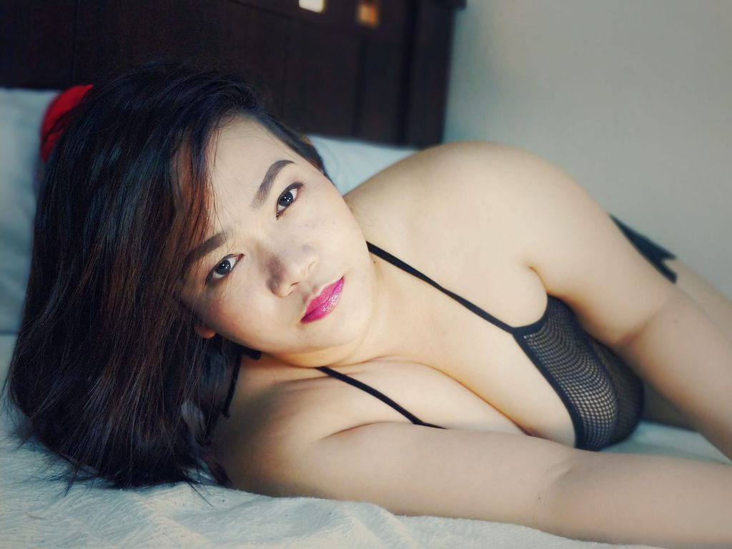 VIP Escorts in Hyderabad - Independent Female Escorts in Hyderabad - Feeltheheaven.com