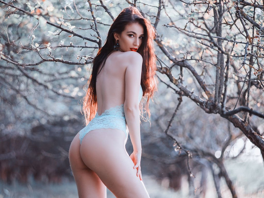 Spend Maximum Time With Our Travel Female Escorts in Hyderabad For Maximum Fun! - Feeltheheaven.com
