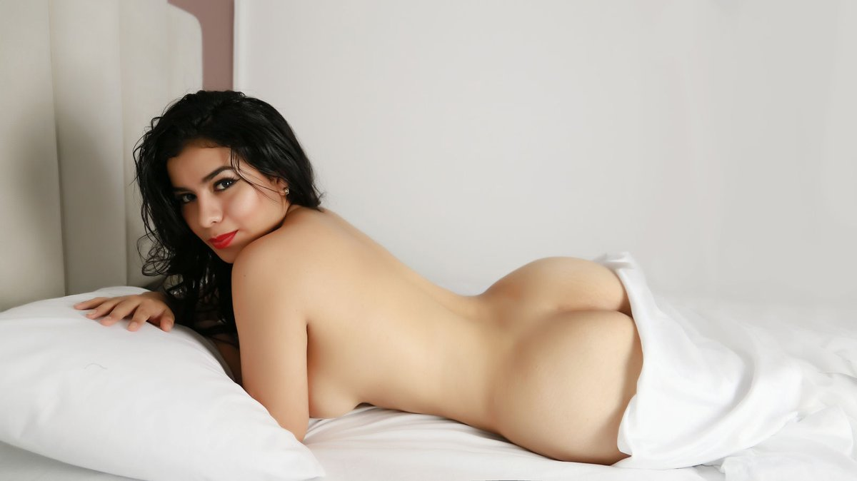 Top escorts in Hyderabad bring the most intense sex experience to you! - Feeltheheaven.com