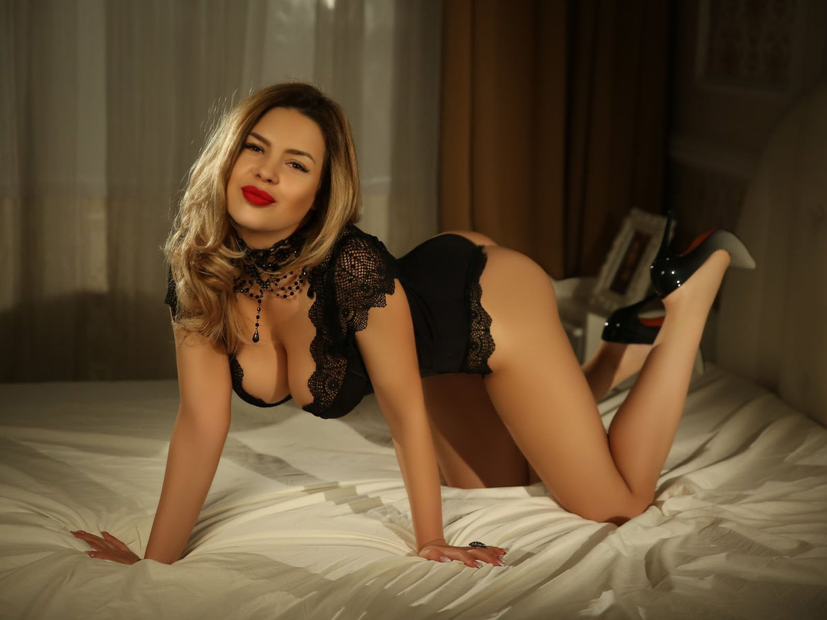 Be Naughty with Hyderabad Escorts While Your Busy Life - Feeltheheaven.com
