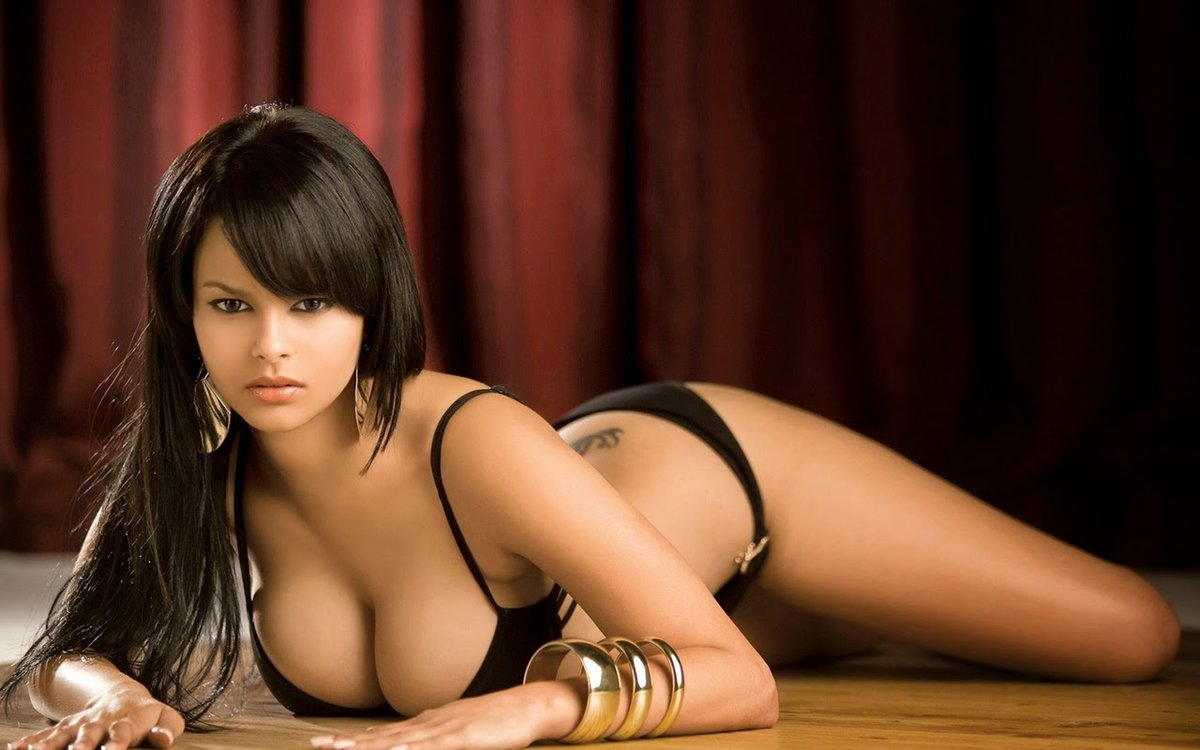 Have a Worry Free Travel with Escort Service Hyderabad - Feeltheheaven.com