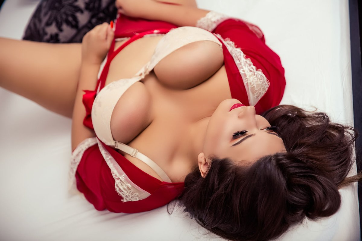Get Laid With Our Conservative Feminine Escorts in Hyderabad For Great Erotic Fun - Hyderabad Escorts Agency - Feeltheheaven.com